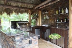 Outdoor Kitchen   Tropical   Patio   miami   by Broward ...