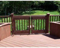 One Level Trex Sandal Wood Deck with Lighting and Gate