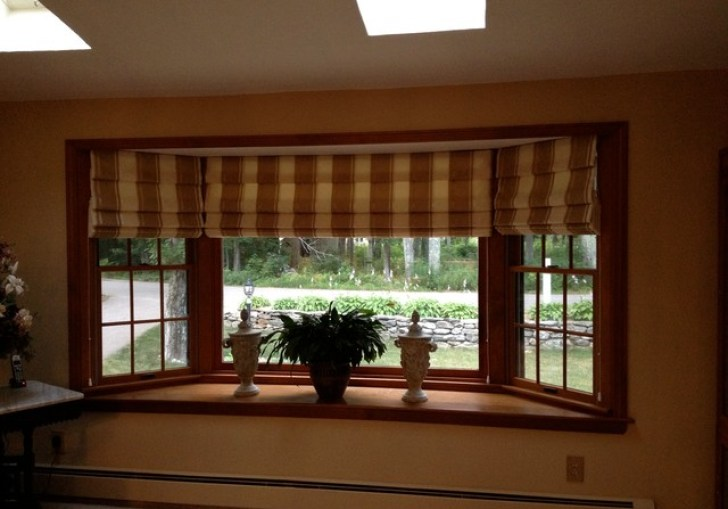 Window Treatments For Bay Windows In Bedrooms