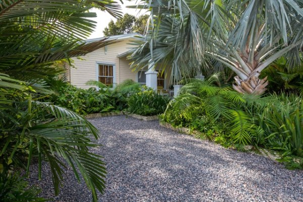 historic key west cottage - tropical
