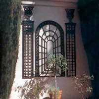 Wall Mounted Trellis - Garden Statues And Yard Art ...