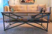 Collapsible coffee table