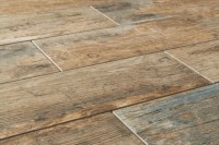 Antique Wood Looking Ceramic & Porcelain Tile ...