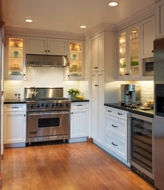 Old Mill Park  Traditional  Kitchen  San Francisco  By
