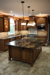 Oversized Kitchen Island - Traditional - Kitchen ...