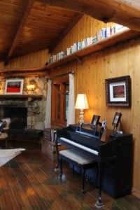 Adirondack Style Lodge - Rustic - Living Room - los ...