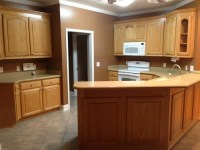 What color do I paint kitchen walls and cabinets with