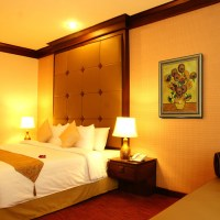 Oil Paintings for Bedrooms - Traditional - Bedroom ...