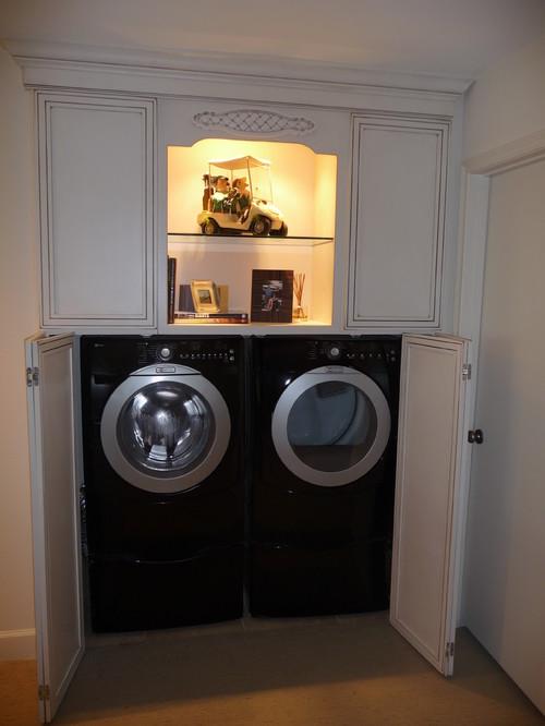 Enclosed washerdryer cabinet