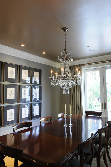 Luxurious Gold and Silver Painted Dining Room Ceiling