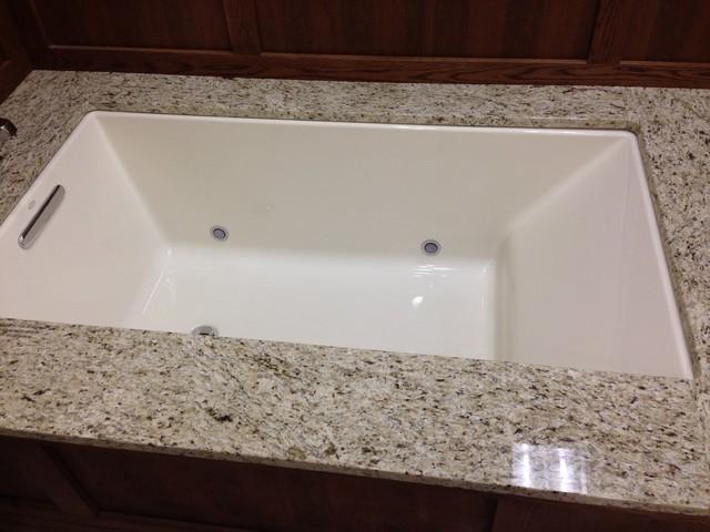 Kohler underscore 60x36 bath tub