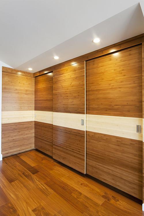 decoracion-ecologica-con-bambu-puertas-armario