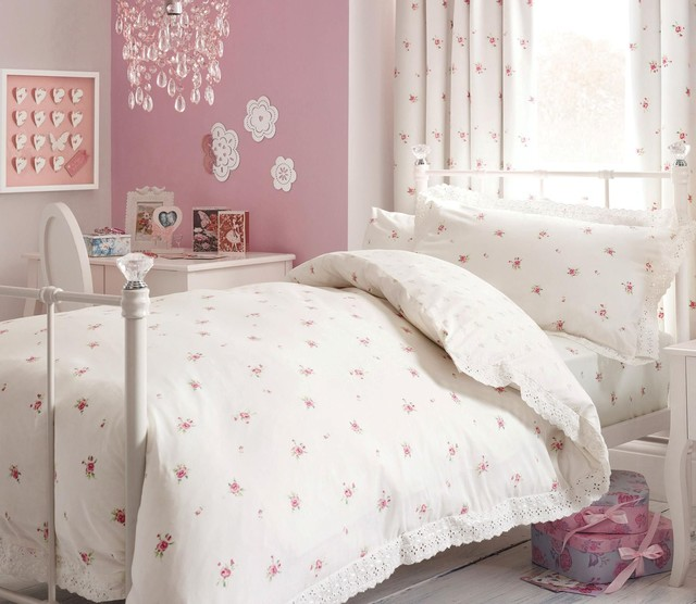 Ditsy Bed Set  Discontinued  Traditional  Kids Bedding