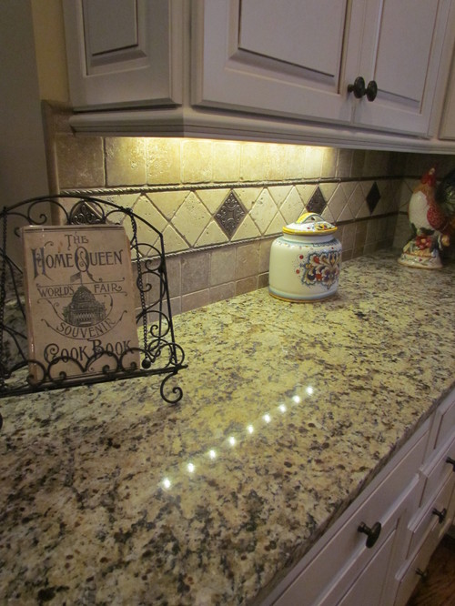 Bronze Kitchen Chandelier Average Cost Of Cabinets Giallo Napoli Granite White Backsplash Ideas