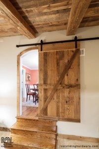 Sliding Barn Doors: Rustic Sliding Barn Doors Interior