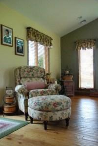 Wide Plank Red Oak Flooring - Living Room - philadelphia ...