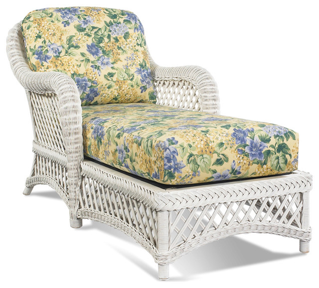 White Wicker Chaise