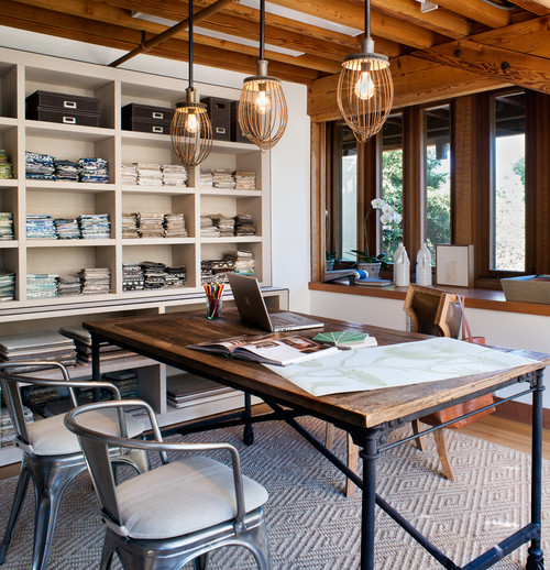 rustic modern office space Decor Mash-Ups: Rustic Industrial Decor