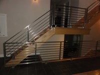 Stainless steel horizontal railings - Contemporary ...