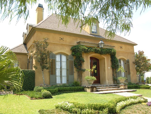 Old Metairie Country French