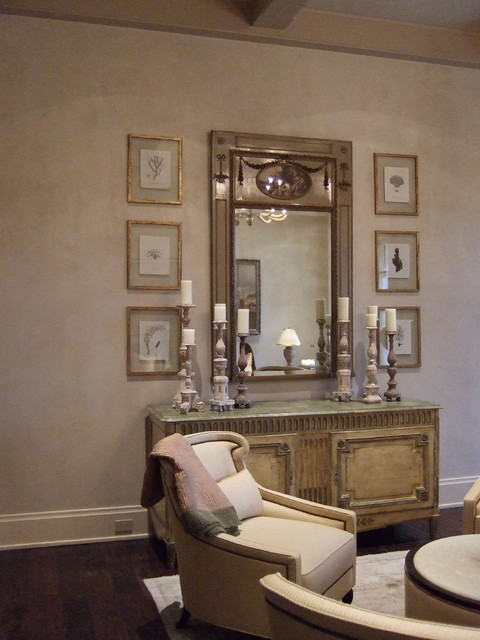 Formal French Dining Room with Diamond Plaster