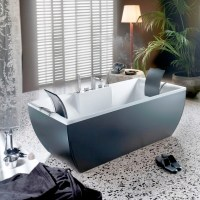 Kali Color Free Standing Bathtub in Black