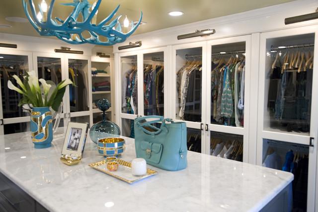 Dressing Room modern closet