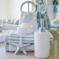 Star Light-Star Bright: Coastal Style Bath Decor Idea ...