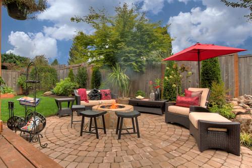 Inspiring Spaces   Backyard Ideas