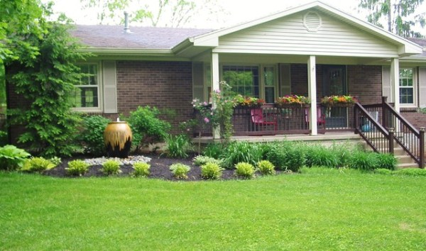 70's ranch exterior - traditional