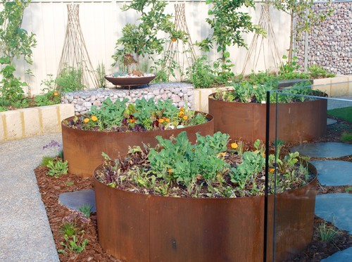 landscaping ideas with recycled
