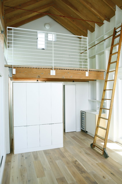 writing studio  Modern  Garage And Shed  los angeles  by rasa inc
