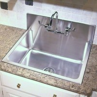FarmHouse Kitchen Sink with Backsplash - Traditional ...