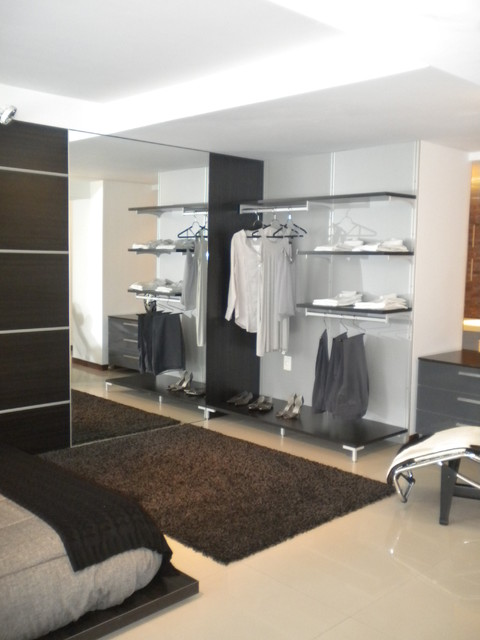 Open Closet In Punta Del Este Modern Closet San