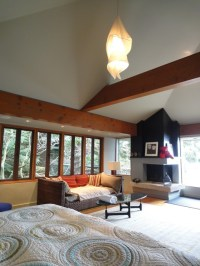 Master bedroom w/ Vaulted Ceilings - Traditional - Living ...