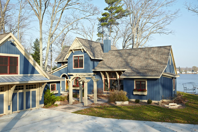 traditional exterior by New Urban Home Builders