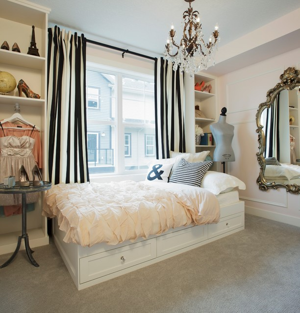 howhome decorated by Jillian Harrisarris eclectic-bedroom