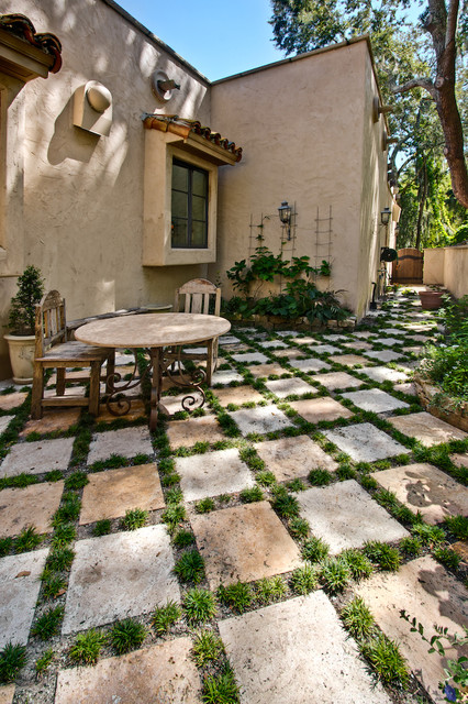 desert gold travertine pavers