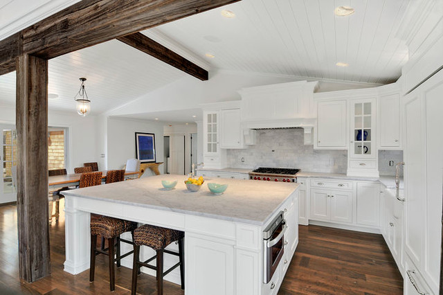 Luxurious Beach House  Traditional  Kitchen  newark