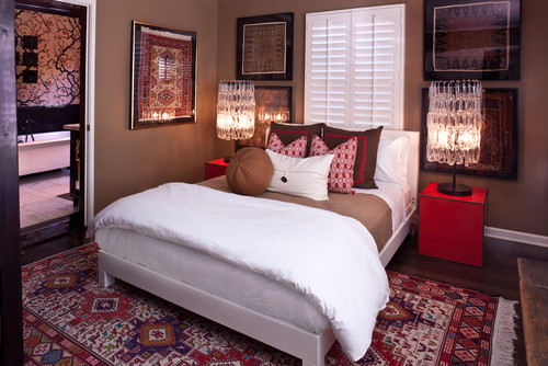 Fabtwigs Small Bedroom Ideas For Placing The Bed In Front Of A Window