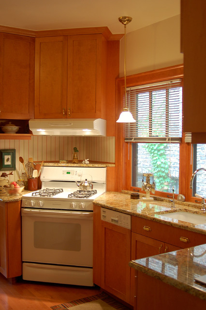 Small Kitchen Remodel  Traditional  Kitchen  chicago