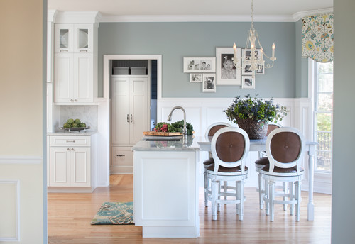 Benjamin Moore Mount Saint Anne | Tricks for Choosing the Perfect Paint Color