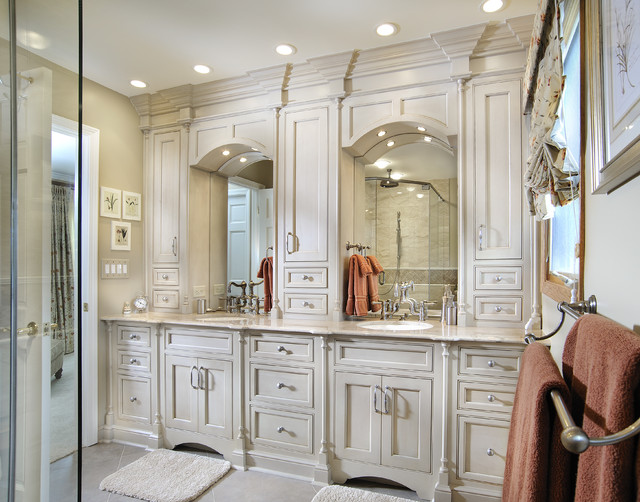 Elegant Master  Traditional  Bathroom  Miami  By Angie