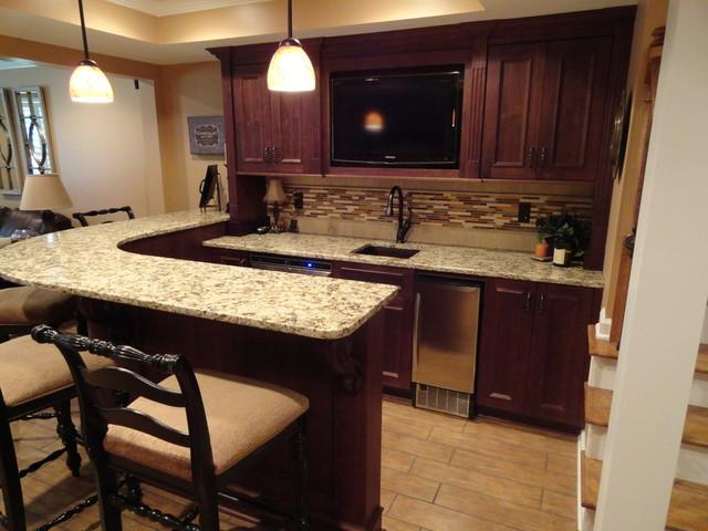 Basement Remodeling Ideas: Basement Bar Cabinets