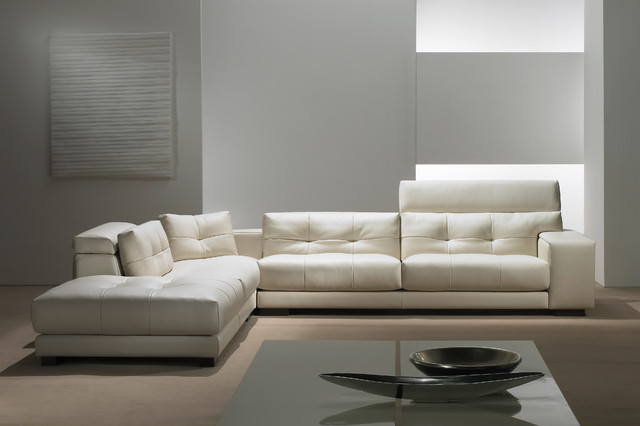 Sonia SofaSectional  Modern  Sofas  chicago  by Casa