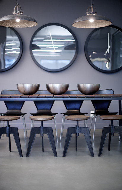 Noise Digital Offices modern dining room