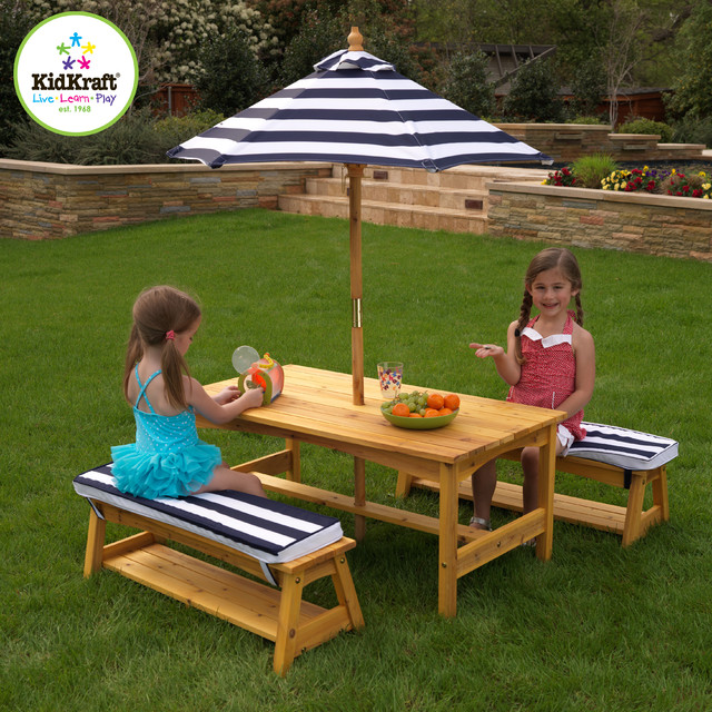Kids Kraft Outdoor Table and Chair Set with Cushions and