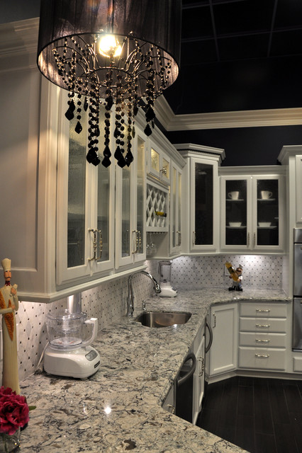 Dove WhitePraa sands display  Traditional  Kitchen