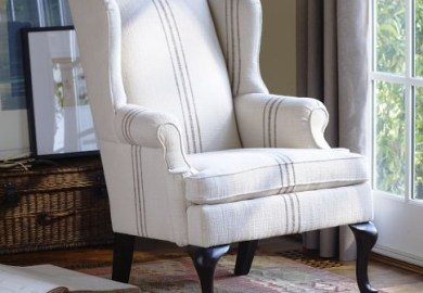 Queen Anne Upholstered Chair