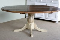 Round Kitchen Tables With Fluted Pedestal - Farmhouse ...